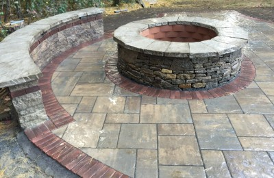 Fire Pit with Seating Wall