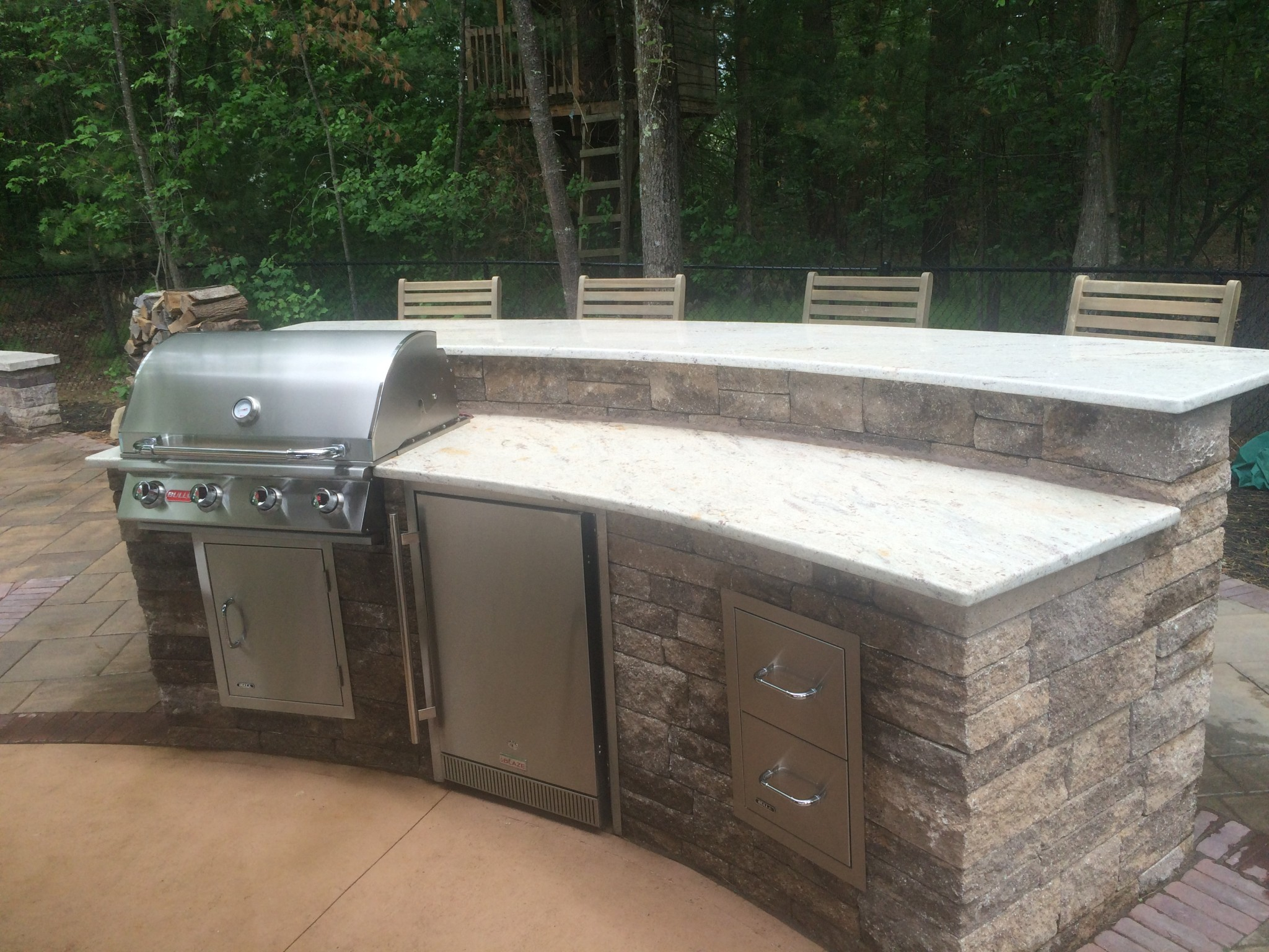 outdoor-kitchens_32663217630_o